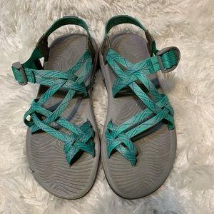 Chaco Sz 9 Aqua & Purple Sandals